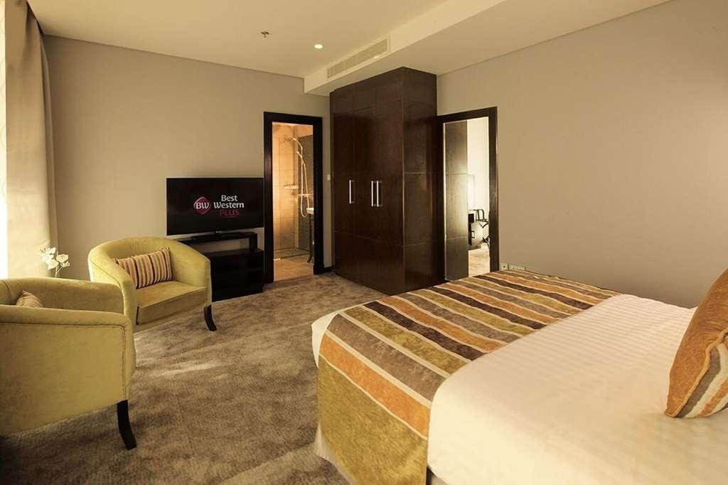 Best Western Plus Fursan Hotel - Guest Room