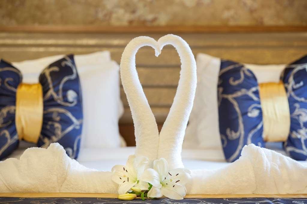 Best Western Premier Al Ahsa Grand Hotel & Suites - Honeymoon suite