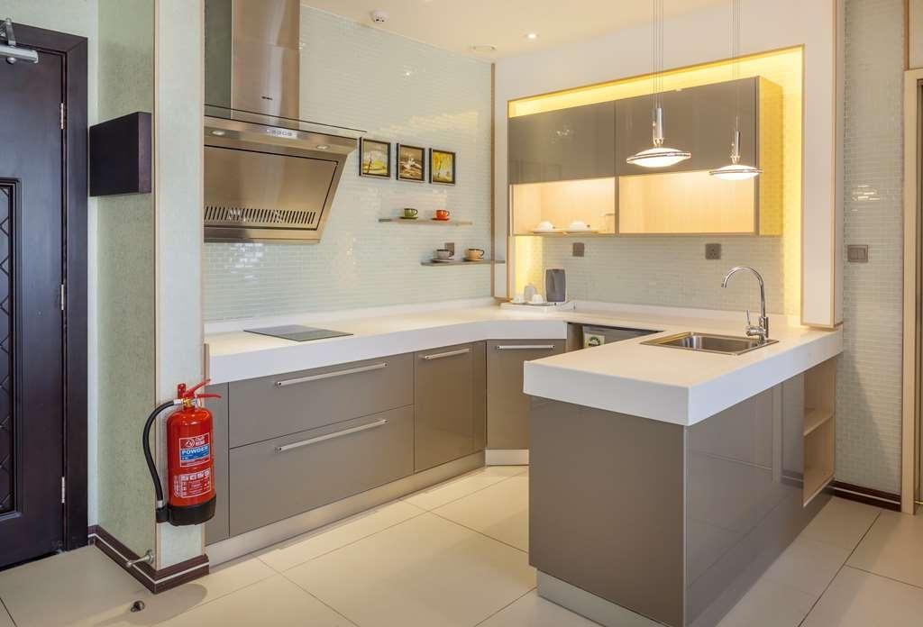 Best Western Premier Al Ahsa Grand Hotel & Suites - Guest room amenity