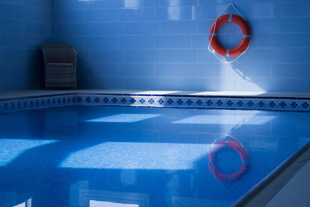 Best Western Premier Al Ahsa Grand Hotel & Suites - Vista de la piscina