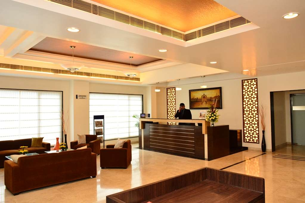 Best Western Sagar Sona - Lobby and Reception Desk