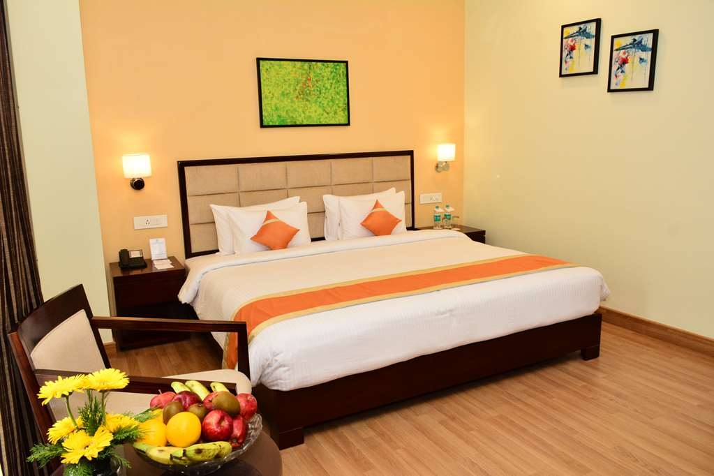 Best Western Sagar Sona - Premier Room with One King Size Bed