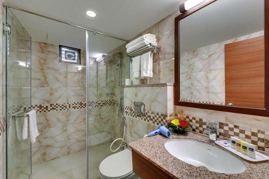 Best Western Alkapuri, Vadodara - Salle de bain