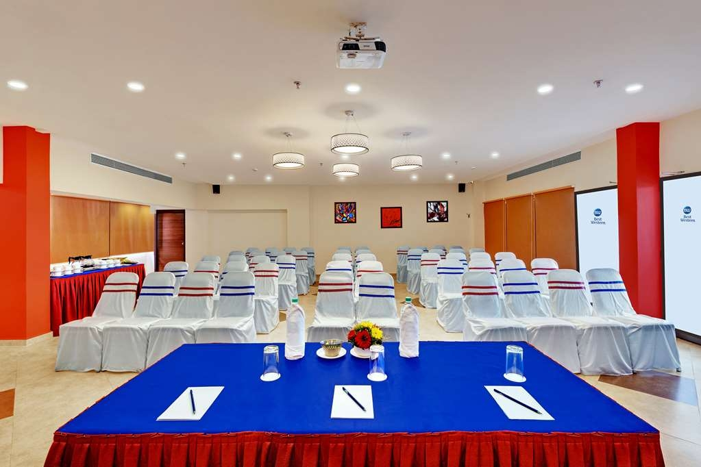 Best Western Alkapuri, Vadodara - Meeting Room