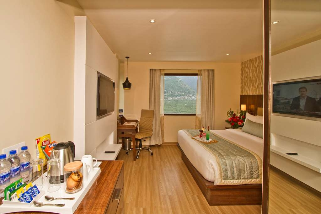 Best Western Himalyan Monal - Family Suite with One King Size Bed