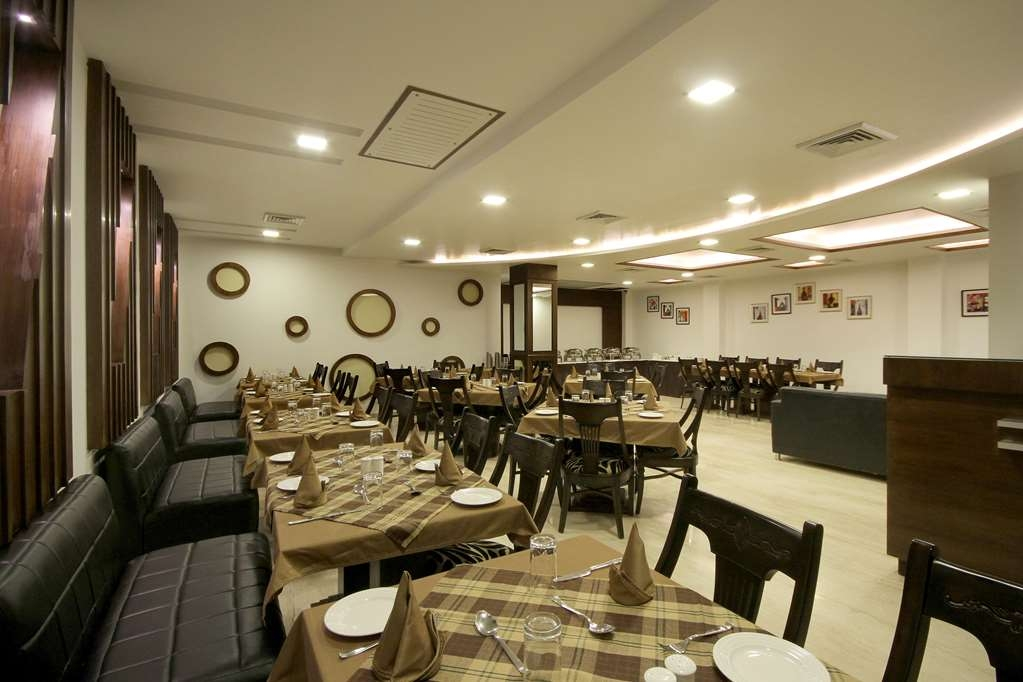 Best Western Swing High Katra - Restaurante/Comedor