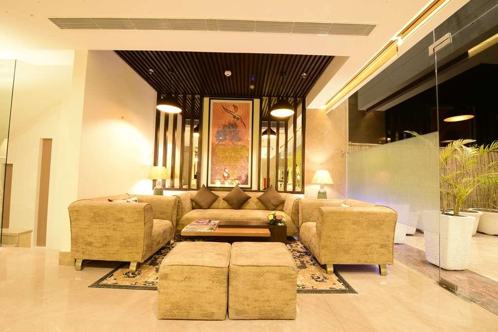 SureStay Hotel by Best Western Amritsar - Vue du lobby