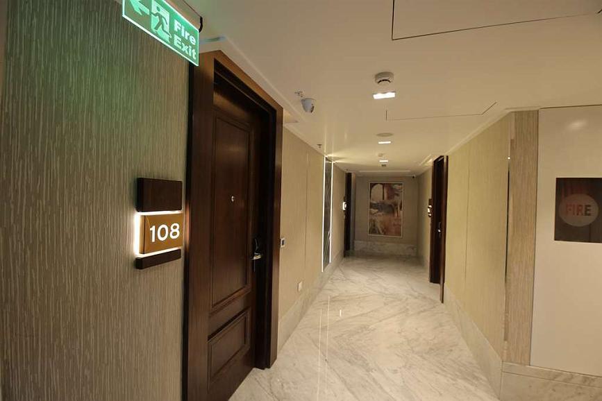 Best Western Darbar - Floor corridor