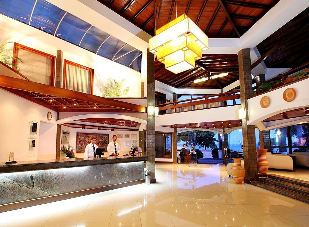Best Western Shalimar Praia Hotel - Front Desk