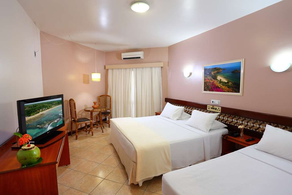 Best Western Shalimar Praia Hotel - Deluxe Room with 1 DBL and 1 SGL Bed