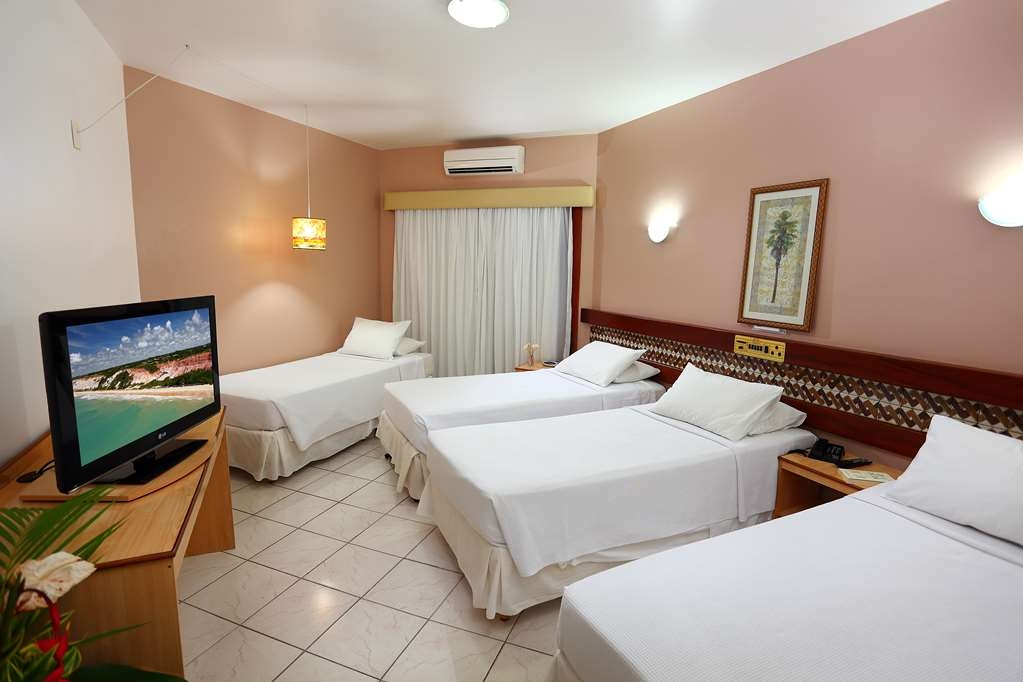 Best Western Shalimar Praia Hotel - Deluxe Room with 4 SGL Beds