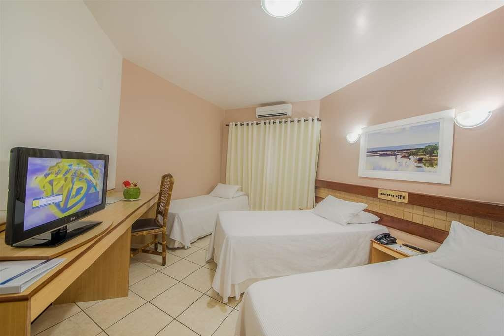 Best Western Shalimar Praia Hotel - Standard Room with 3 SGL Beds