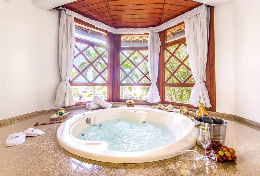 Best Western Shalimar Praia Hotel - Suite with Whrilpool