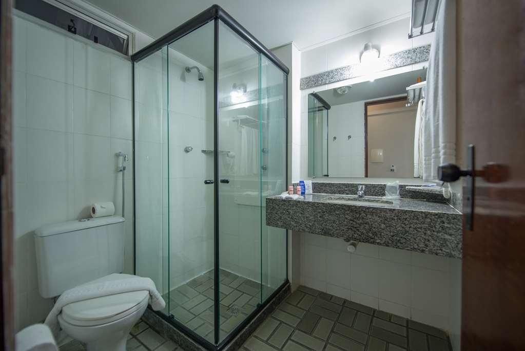 Best Western Hotel Caicara - Guest Bathroom