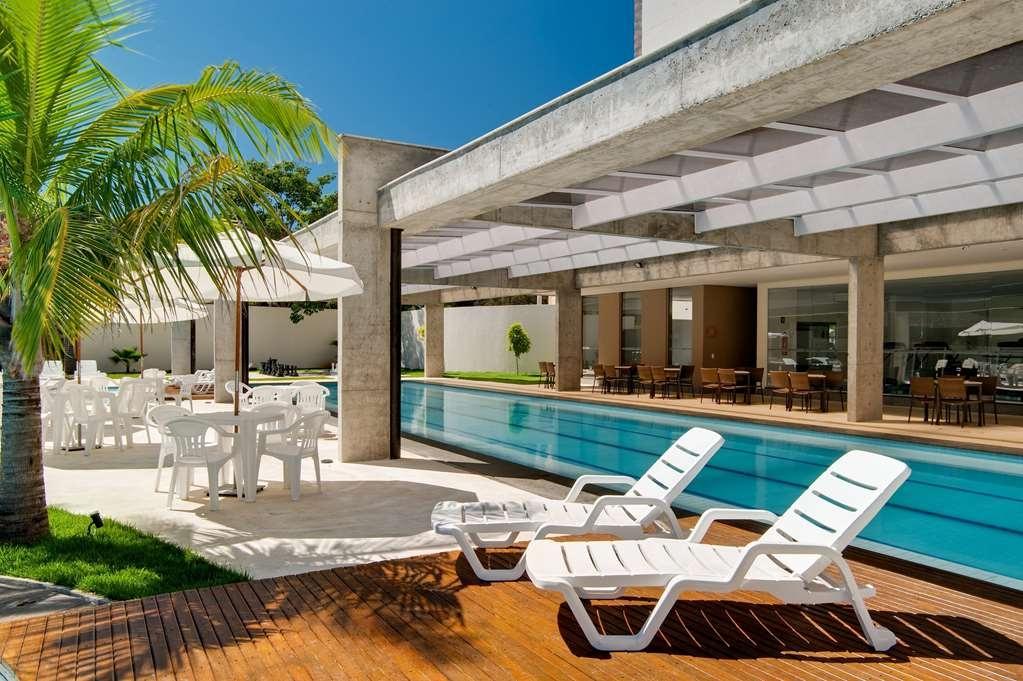 Best Western Suites Le Jardin Caldas Novas - Poolansicht