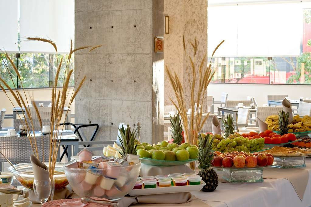 Best Western Suites Le Jardin Caldas Novas - Frühstücksbuffet