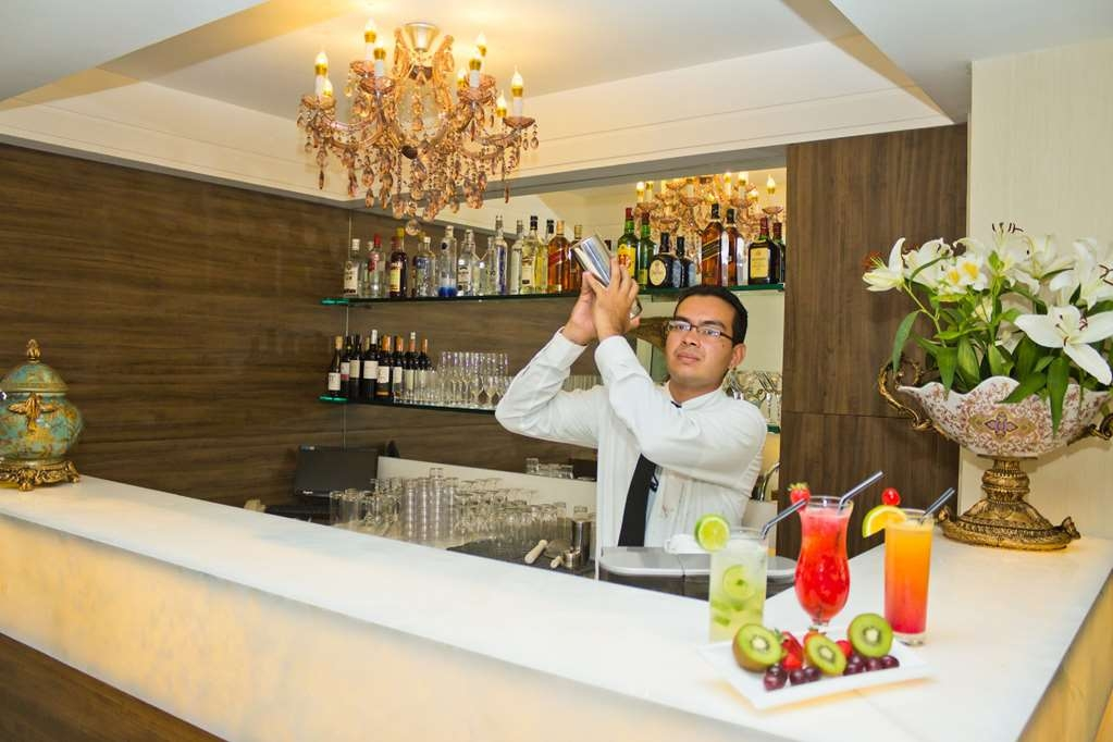 Best Western Premier Majestic Ponta Negra Beach - Bar / Lounge