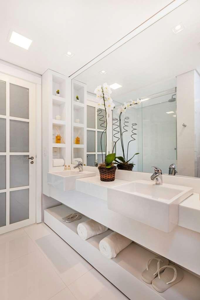 Best Western Premier Arpoador Fashion Hotel - Deluxe Guest Bathroom