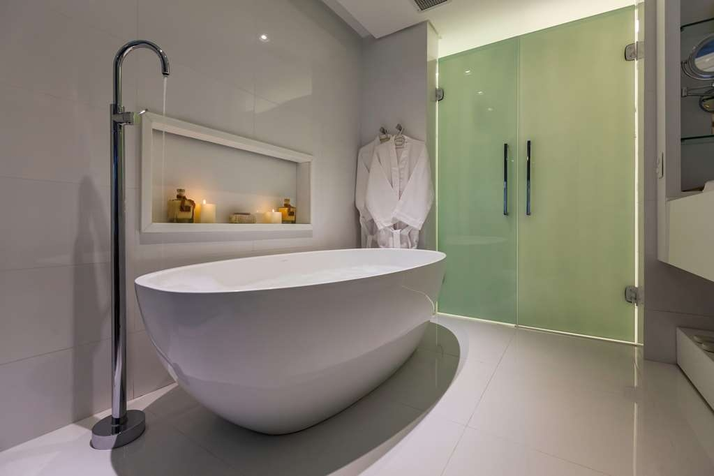 Best Western Premier Arpoador Fashion Hotel - Super Deluxe Guest Bathroom