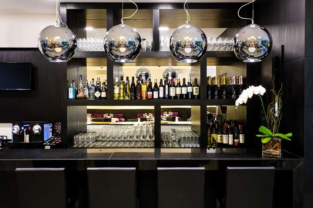 Best Western Plus Copacabana Design Hotel - Bar/Lounge