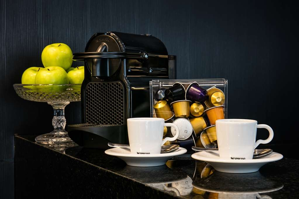 Best Western Plus Copacabana Design Hotel - Coffee and fruits will be always available for you.
