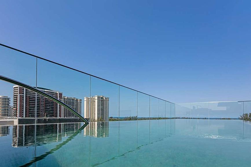 Vogue Square Hotel, BW Premier Collection - Vue de la piscine
