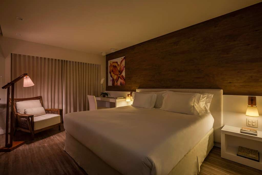 Vogue Square Hotel, BW Premier Collection - Deluxe Guest Room