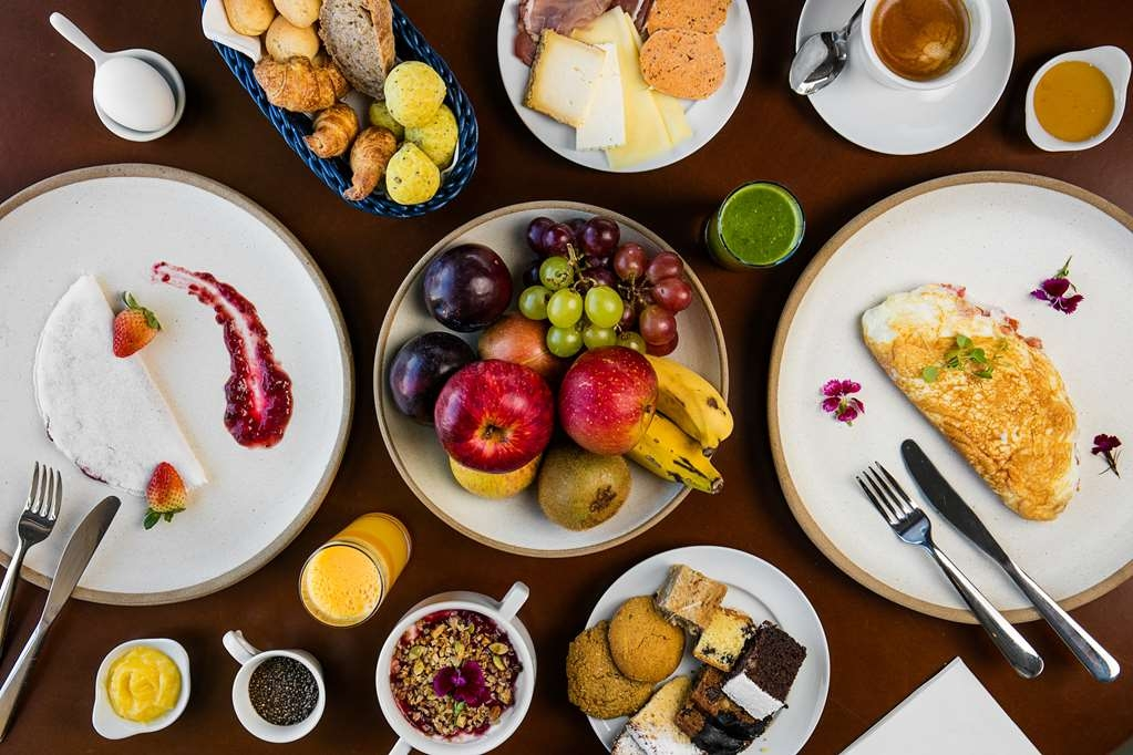 Vogue Square Hotel, BW Premier Collection - Breakfast