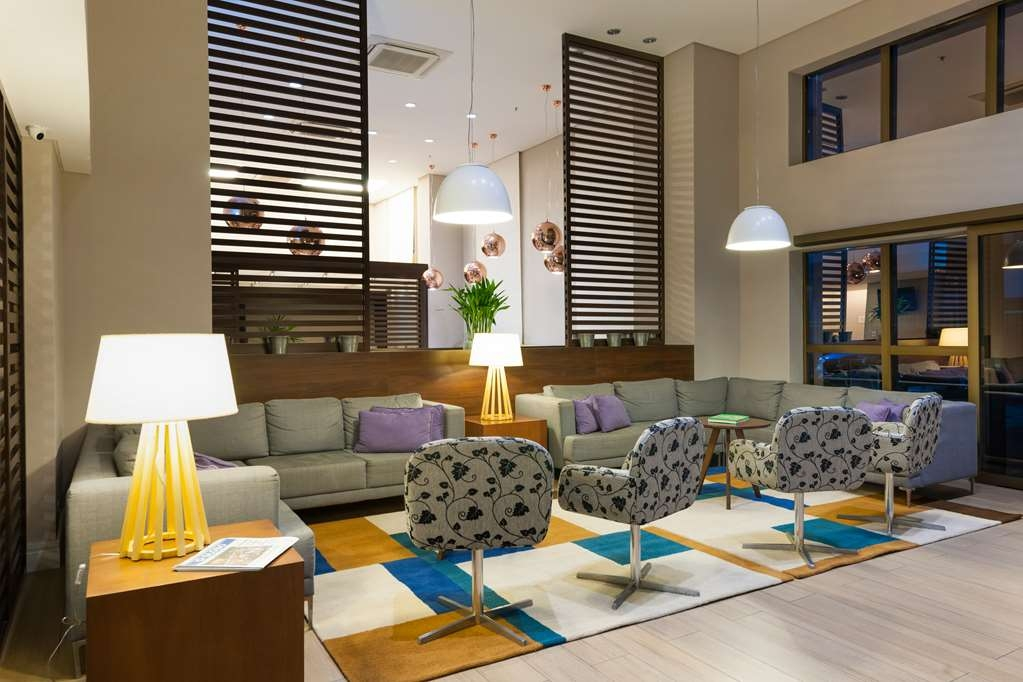 Best Western Multi Suites - Hotel Lobby