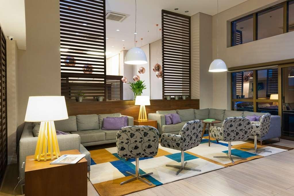Best Western Multi Suites - Hall