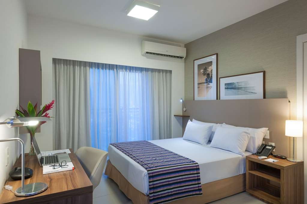 Best Western Multi Suites - Double Bed Guest Room