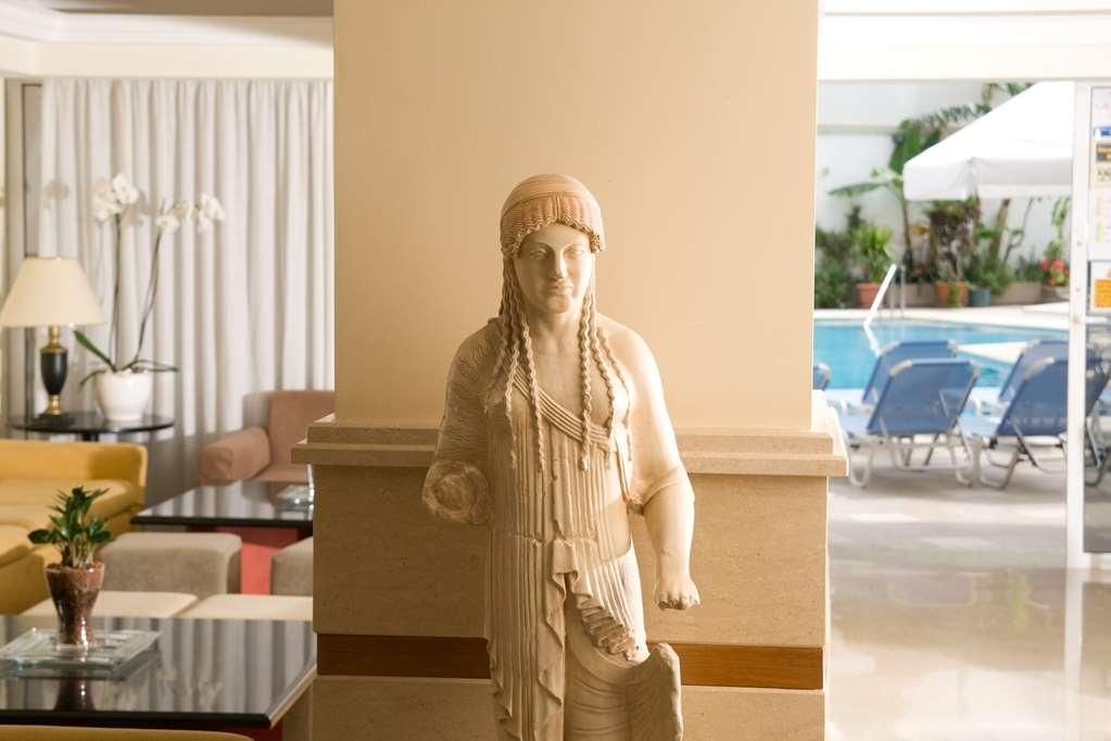 Best Western Plus Hotel Plaza - Vista del vestíbulo
