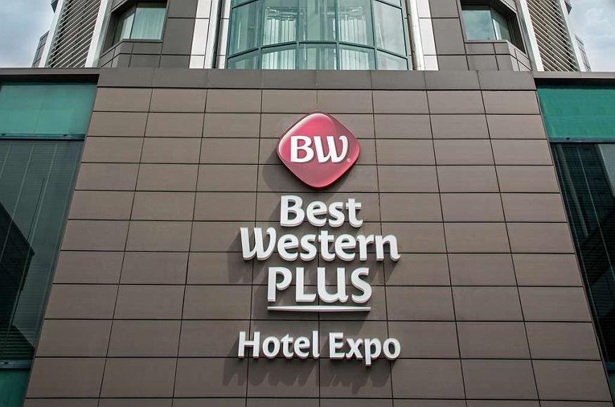 Best Western Plus Expo Hotel - Außenansicht