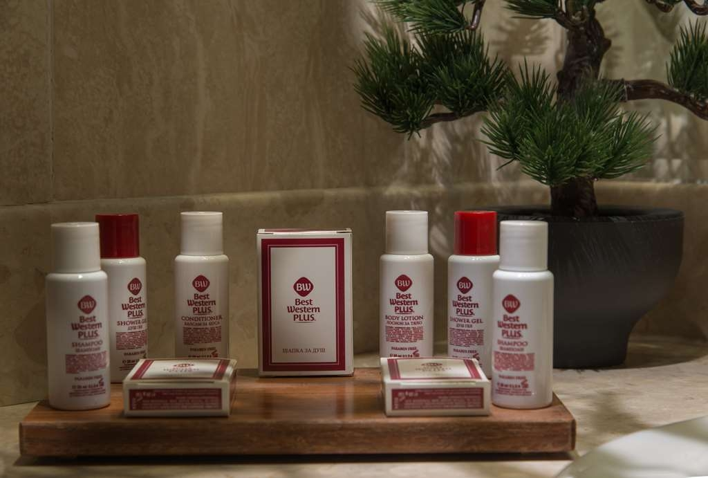 Best Western Plus Expo Hotel - Guest Bathroom Amenities