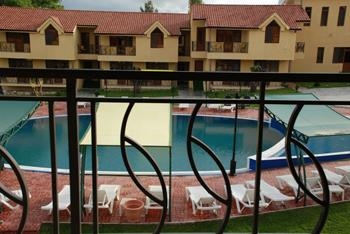 Best Western Bohemian Resort - Swimming Pool