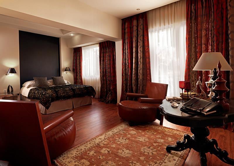 Best Western Plus Embassy Hotel - junior suite