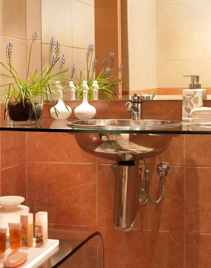 Best Western Plus Embassy Hotel - Salle de bain