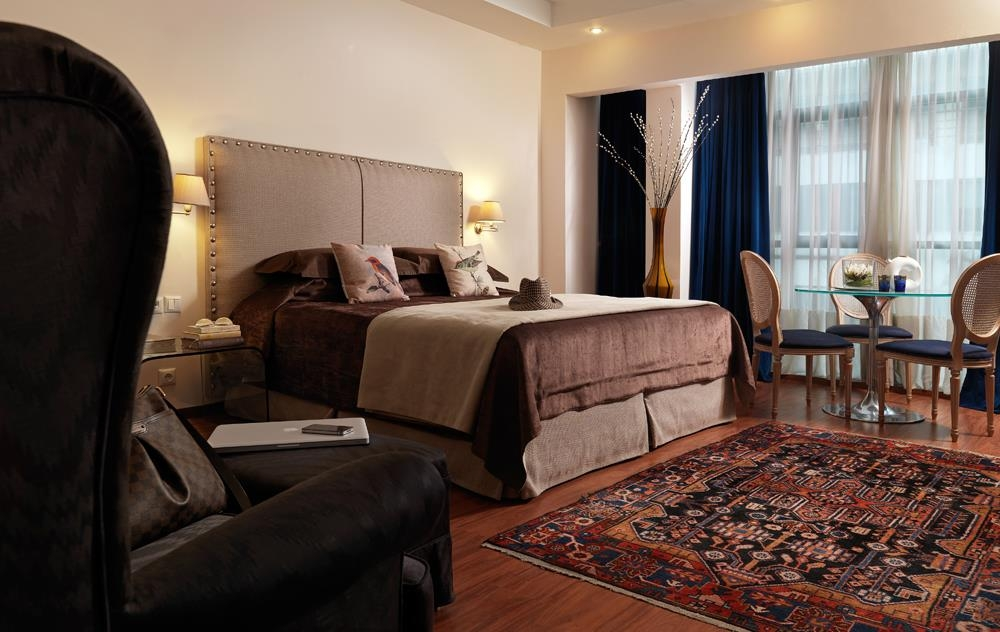 Best Western Plus Embassy Hotel - standard chambre