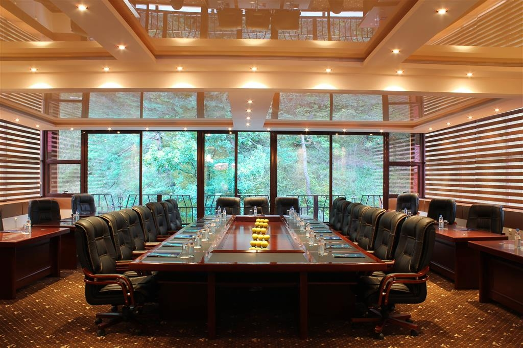 Best Western Plus Paradise Hotel Dilijan - Meeting Room