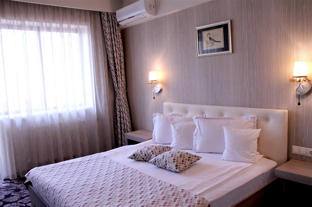 Best Western Silva Hotel - Guest Room