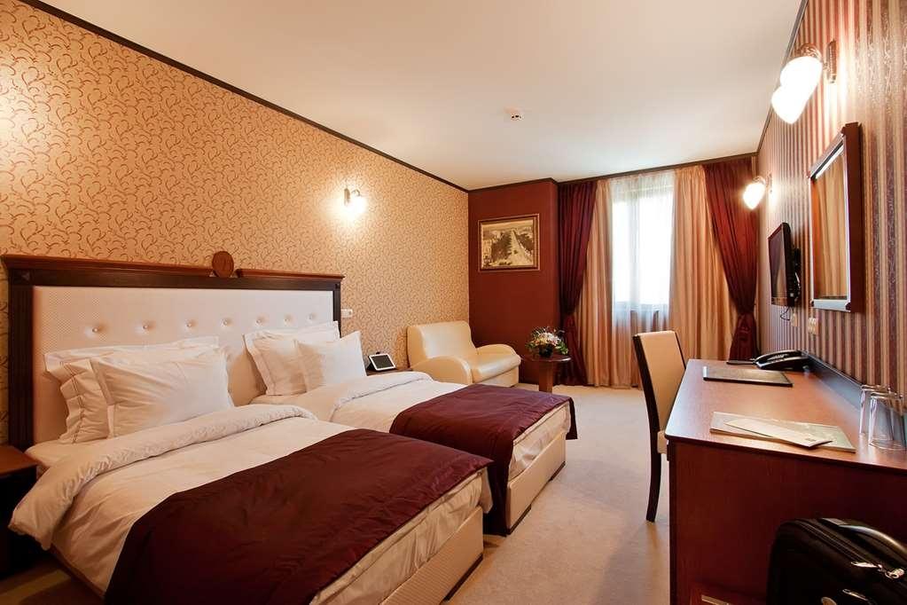 Best Western Plus Bristol Hotel - Comfort Plus Room