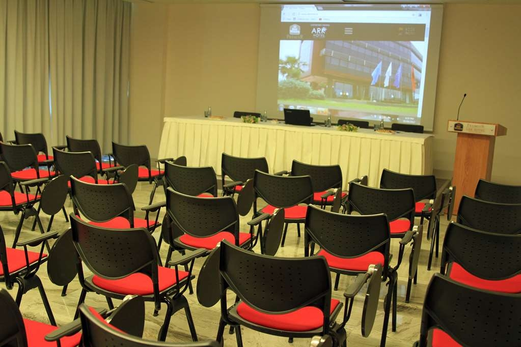 Best Western Premier Ark Hotel - Conference Room