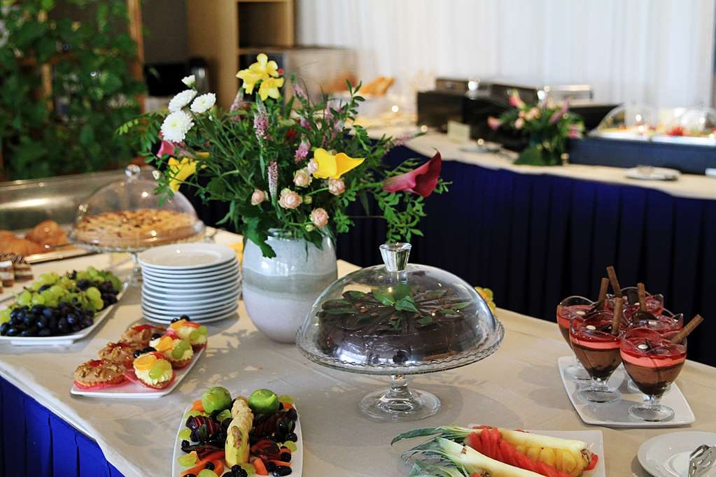 Best Western Premier Ark Hotel - Breakfast Buffet