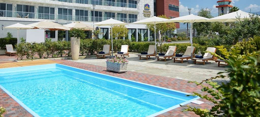 Best Western Premier Ark Hotel - pool