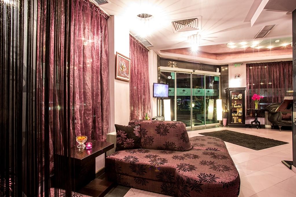 Best Western Art Plaza Hotel - lobby bar