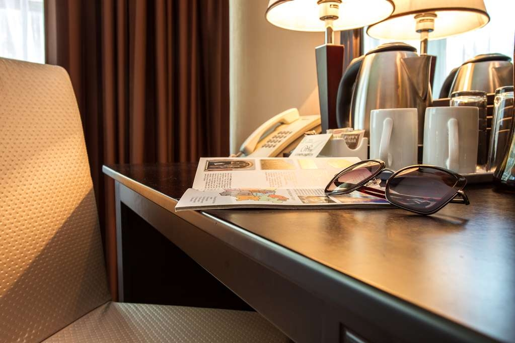 Best Western Lozenetz Hotel - Guest Room Amenities