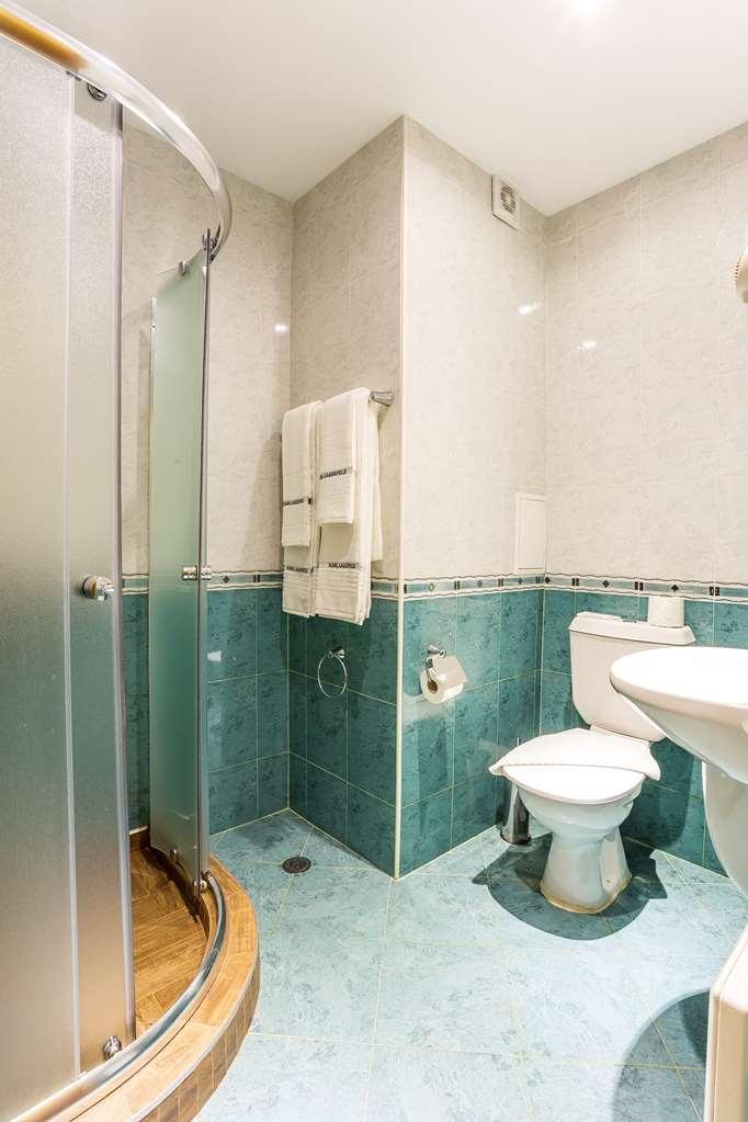 Best Western Lozenetz Hotel - Guest Bathroom