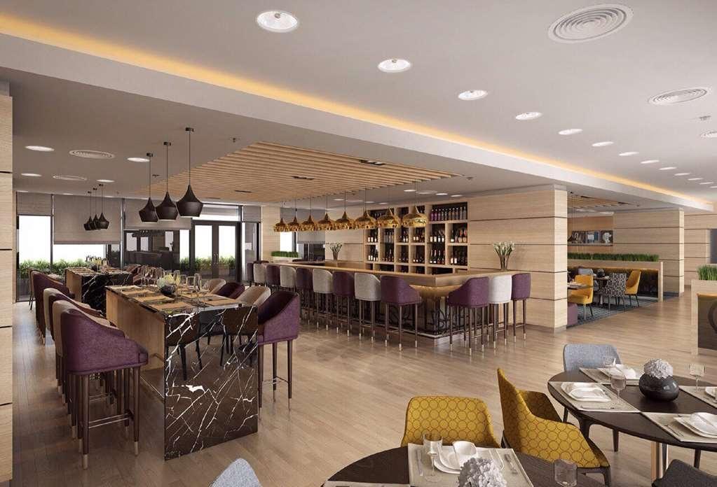 Best Western Premier Sofia Airport Hotel - bar en el vestíbulo