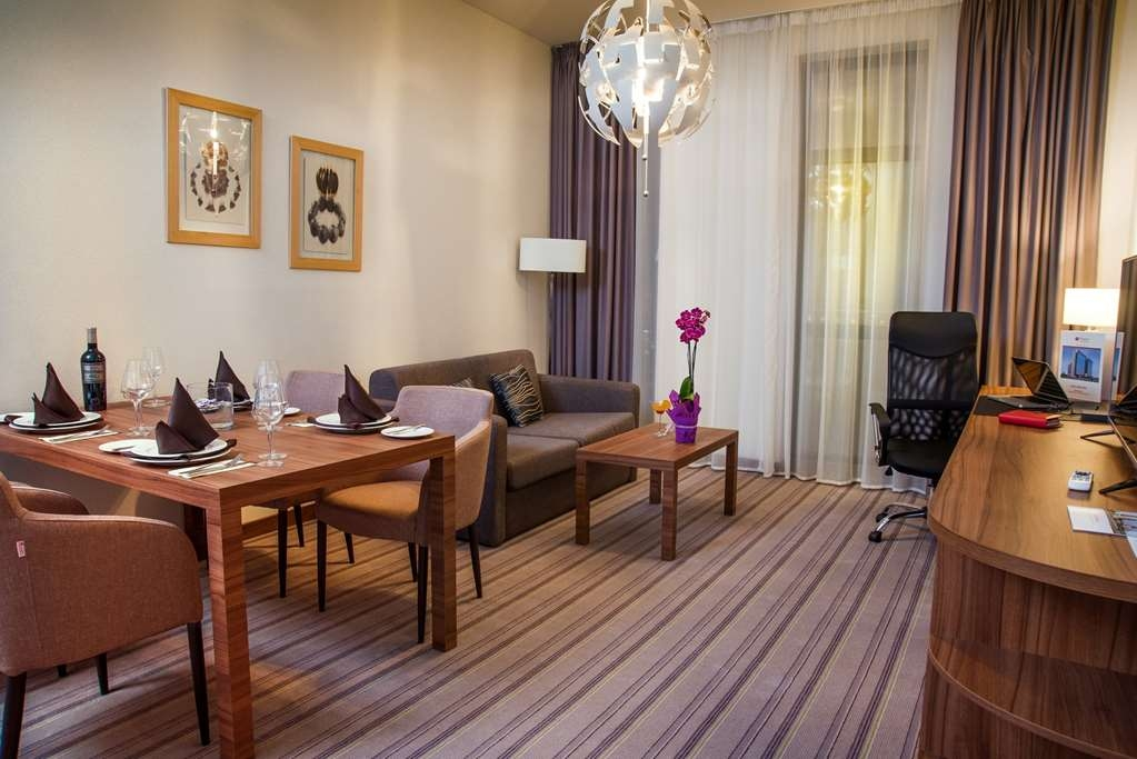 Best Western Premier Sofia Airport Hotel - Appartmento