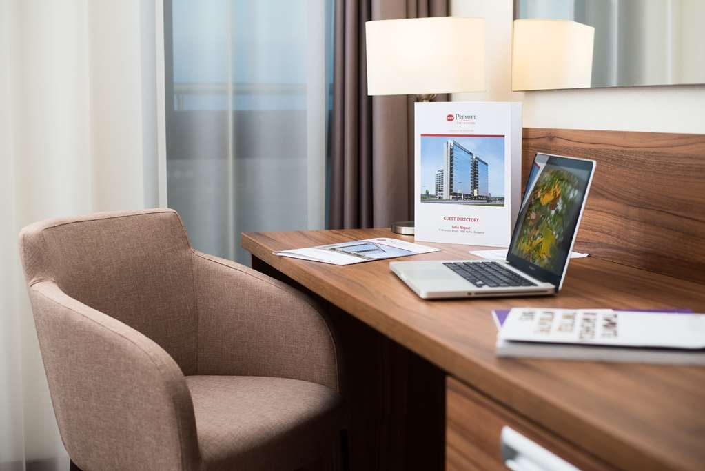 Best Western Premier Sofia Airport Hotel - guest room